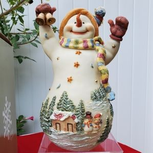 Holiday by Kirkland's Snowman with Snow Scene